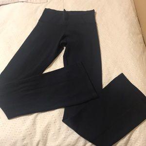 EUC Lululemon Navy Luon Pants - Sz 6 Tall